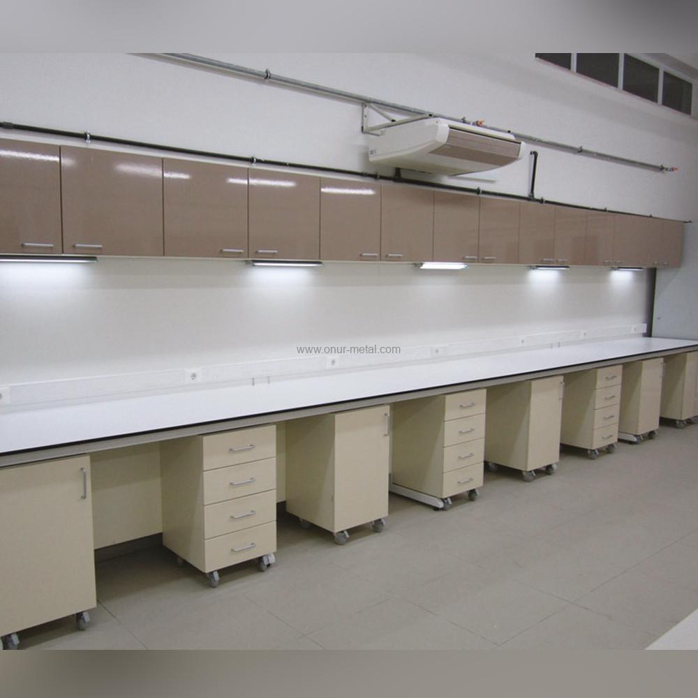 Kimya Laboratuvarı Öğrenci Tezgahı